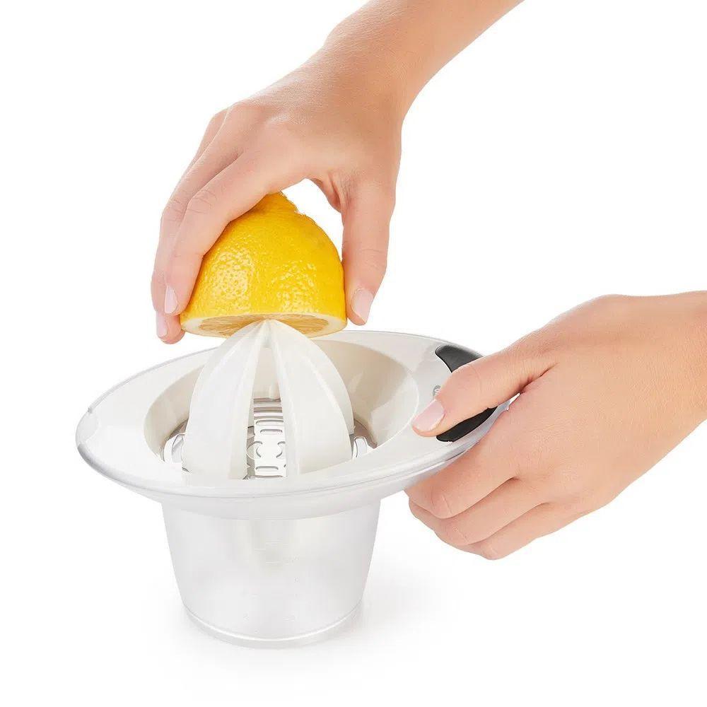 Espremedor Manual Laranja e Limão - OXO